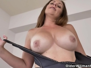 Solo sex video